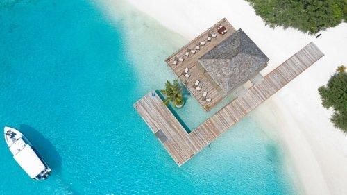 Olhu Bar Maldives Innahura Resort