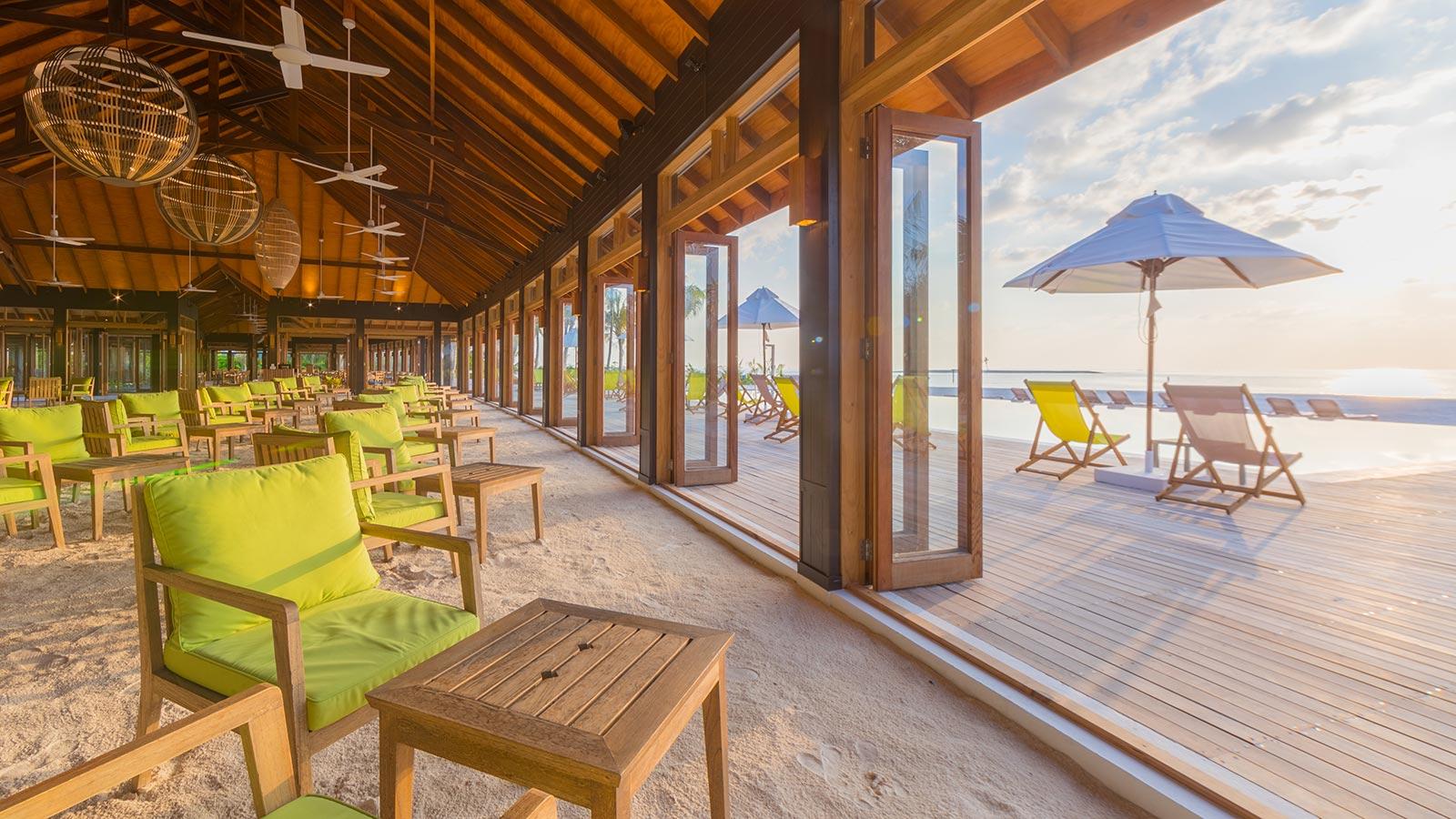 Sand Bar Maldives Innahura Resort