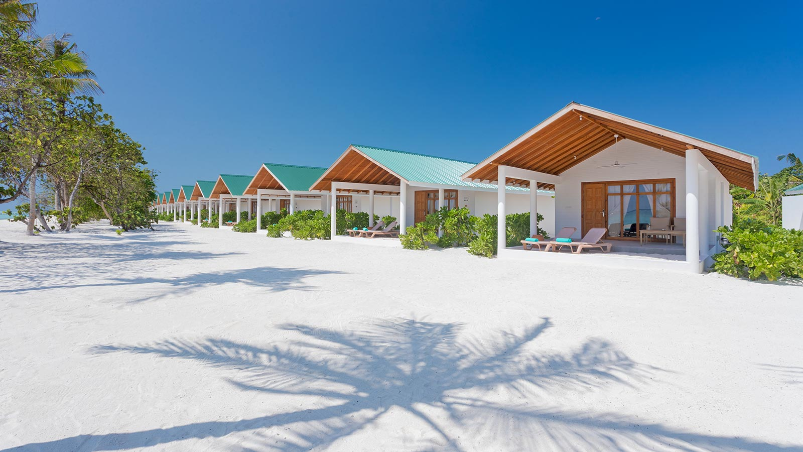 Beach Bungalow Maldives Innahura Resort