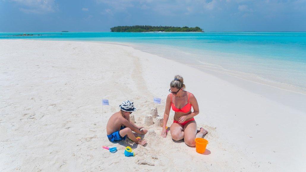 Families at Maldives Innahura Resort