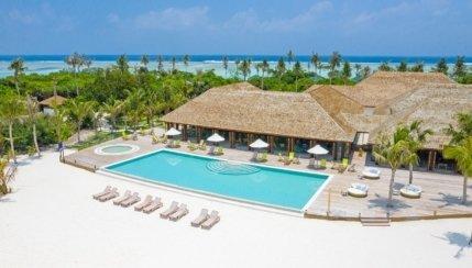 Innahura Maldives Resort Affordable Laid Back 4 Star
